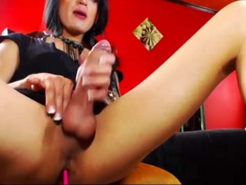 Wanda crossdresser femboy cum fountain