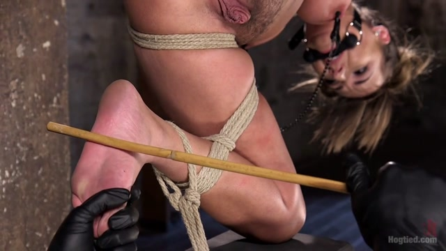 Charlotte Cross & The Pope in Princess Revisits HogTied To Prove Herself To The Pope - HogTied Bibik Jepang