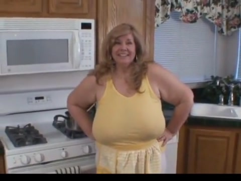 More snack time with mommy Six pack women sex