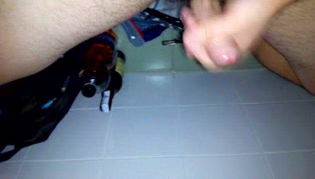 Boy wanking in public toilette cum inside mom pussy porn