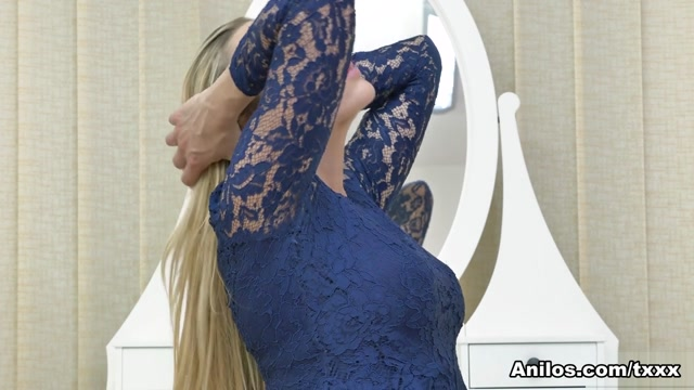 Brittany Bardot in Shaking Orgasm - Anilos