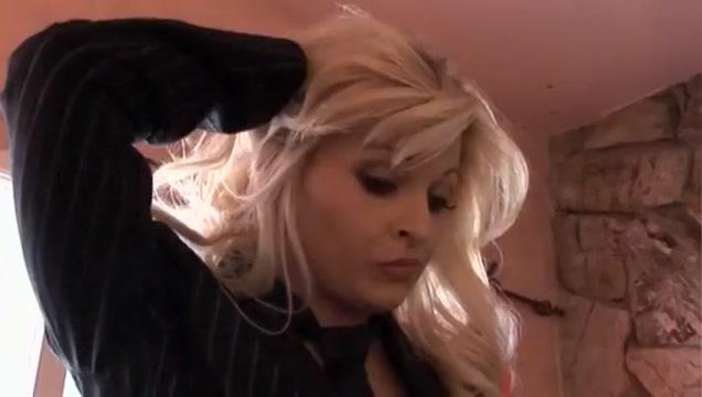 Amazing pornstar Bobbi Eden in best big dick, blonde adult scene Blonde masseuse rubs oil on sexy babe