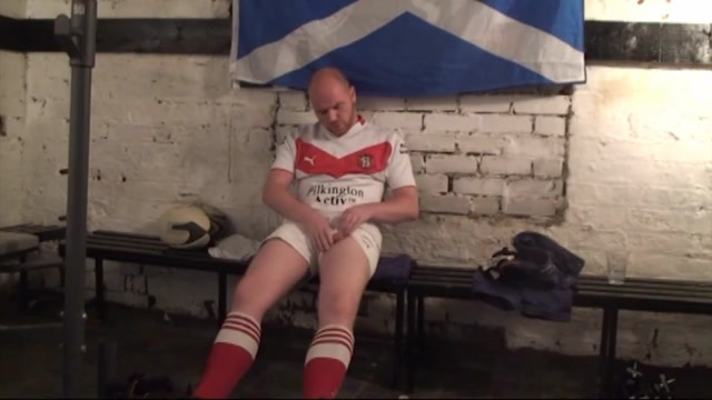 Ginger Rugby Scottish Bloke strokes Hot facial masks