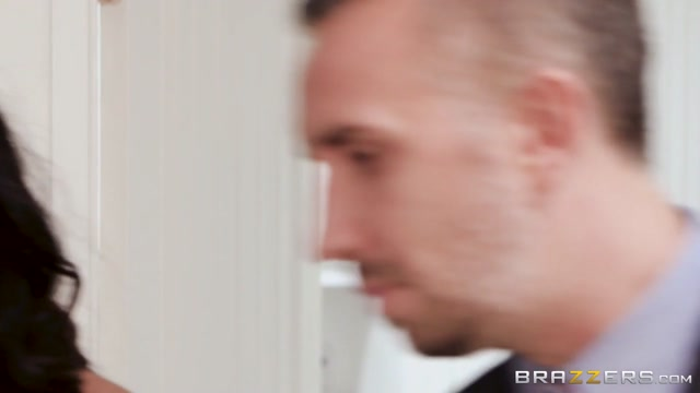 Amia Miley & Keiran Lee in Sugar Baby Blues - BrazzersNetwork Skinny teen gets pounded and facialed