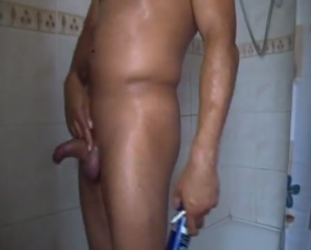 Shaving in the shower Free chubby girl porn tubes