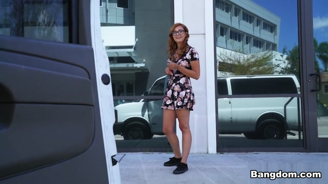 Kadence Marie in Helping Out An Out Of Towner - BangBus