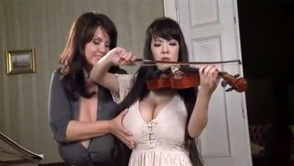 Crazy Big Tits, Lesbian xxx video Liberales sexo ardoz en Dos Hermanas