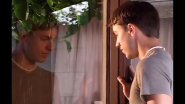 Twink masturbbates at his own reflection in a window. Sexi Aunty