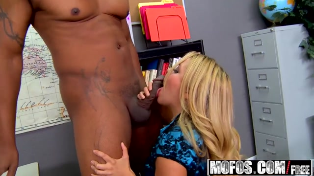 Mofos - Milfs Like It Black - Andrea Acosta - Business as a Second Language Teen lesbians enjoying and strapfucking