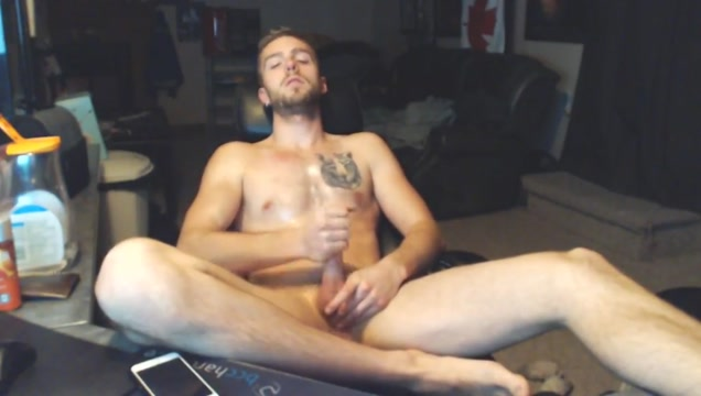 Hot guy shoots his jizz all over his body Girls got cream anal