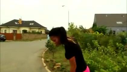 Rollerskategirl fucked twice Shiri appleby dating boys