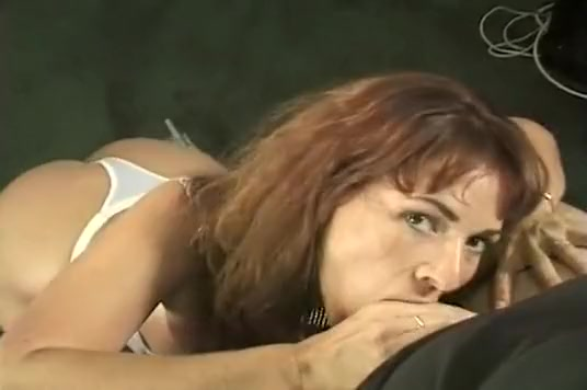 Sexy MILF On Her Knees For Head Nubile sex pic s free