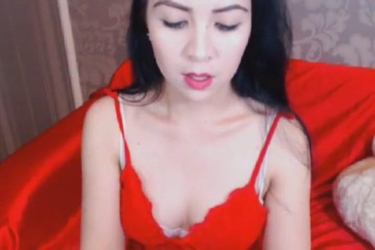 Curvy Hot Babe Strip Teasing Milf mature picture photo