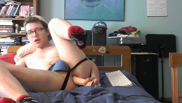 Nerdy twink fucks his hole with a dildo lesbian big tits torrent