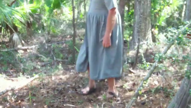 Pee on Green dress in maritime forest 1 Rough sex possition pics