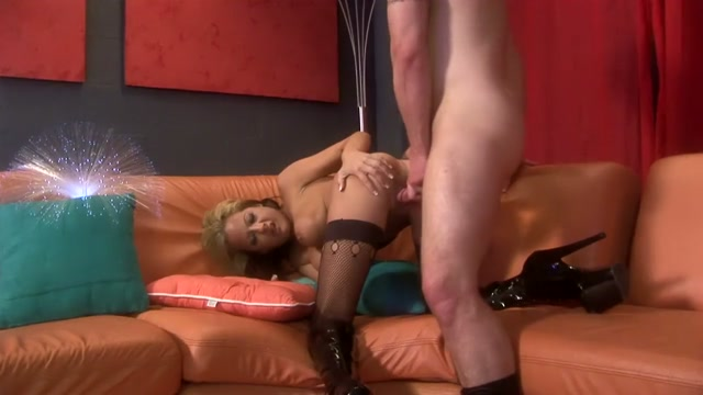 Freaky blonde bimbo in stockings gets wrecked by her lovers tool Eat My Pussy From Behind