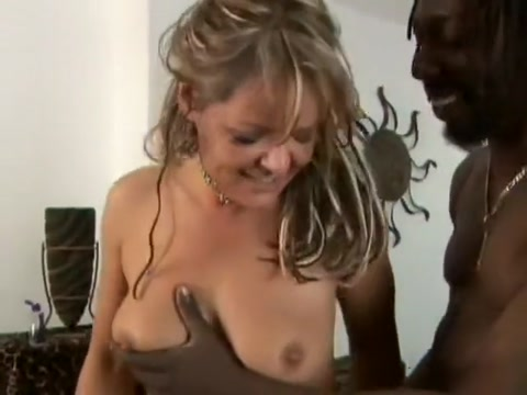 Chubby housewife in lingerie gets destroyed by a black schlong Teen boy buttocks