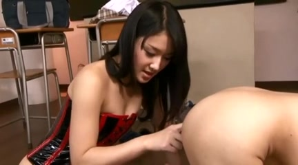 Obedient Guy 2 mature blonde women fucking