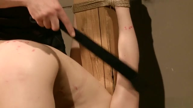 Sexy young babe with nice tits reveals her love for pain and pleasure handjob porn blonde girl gives her boyfriend a handjob dessert