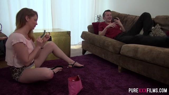 Princess Paris & Sam Bourne in Princess Paris loves her stepbrother - PureXXXFilms Indian girls hot nude photo