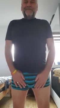 Daddy beim wixen und spritzen Anouk samuel reddit