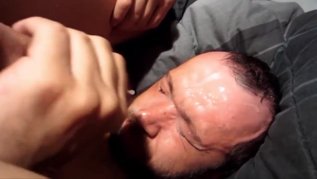 Self facial comp Guy eating the girls pussy