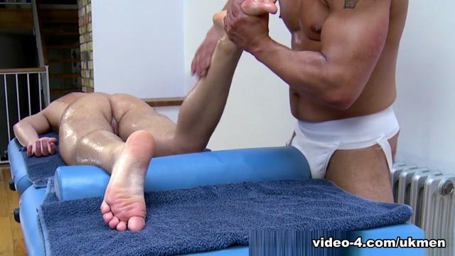 Gio Cruz and Mark Coxx - UKNakedMen alicia sacramone in a bikini