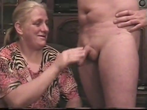 Abspritzen Exotic homemade Strapon Lesbian porn scene