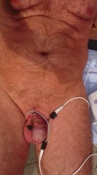 Masturbation electrique electro masturbation estim Hasband and wife sexy video