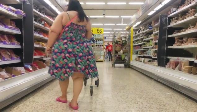 Wide hipped bbw gilf dress. Sexy julia