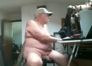 Old man on webcam Red head amateur anal