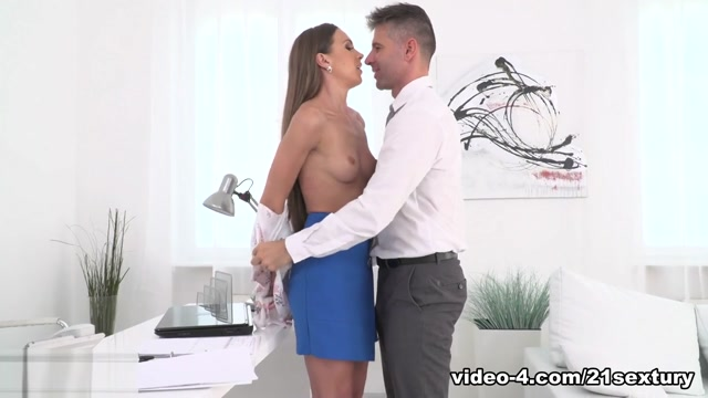 Veronica Clark & Toby in Anal Report - 21Sextury Three Exclusive Girl Anal Lezzies