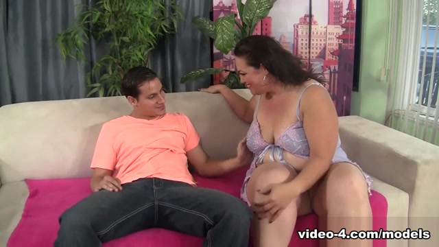 Angelina in Cock Hungry Bbw Angelina Gets Her Pussy Reamed Hard. - JeffsModels free mature mom fucking girls