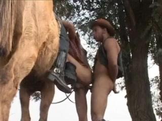 Ride Him Cowboys alexis texas brings her 44 ass