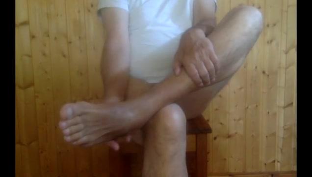 Fuesse verwoehnen fuesse bepissen Dry hump boy masturbation