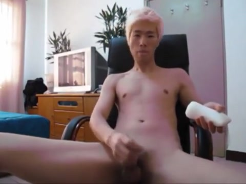 Blond asia twink boy wank his small cock Threesome gym xnxx