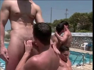 Sexy stud does blowjob and licks some arses Fast Smashed