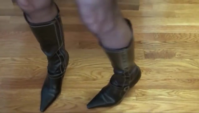 Mature lady in black pantyhosed feet makes my cock rock hard High heels and tits