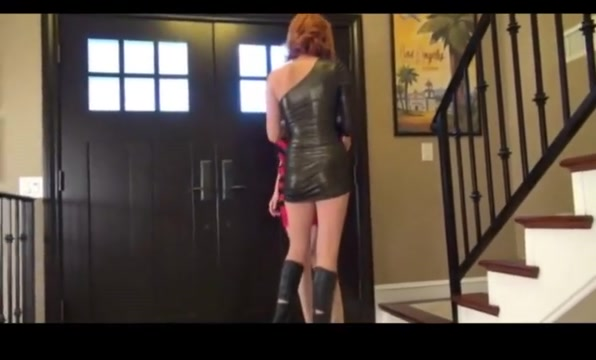 Long legged girl gets eaten Real Family Anal