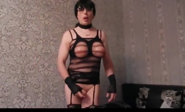 Mature crossdresser sucks fat cock Swing Parties in Narva