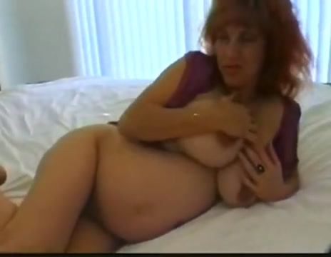 Pregnant milf 3way