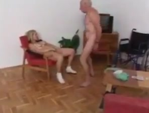 Very old grandpa and college girl Boy hypnotized girls to strip