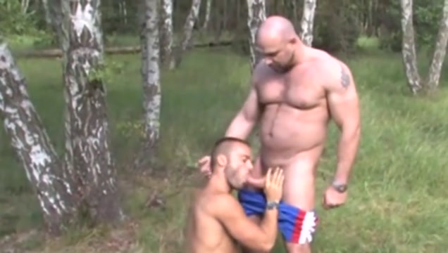 Gay porn ( new venyveras 5 ) 42 girls getting naked in shower