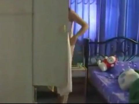 Thai college girl alone Tinder cheat