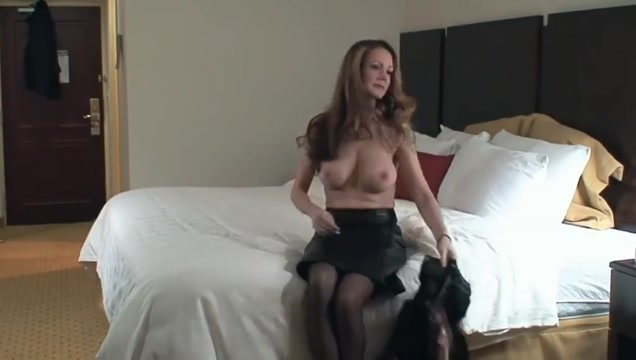 Mature fuck gril on gril fucking