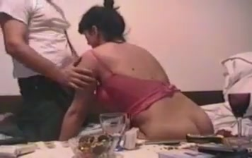 Dobar clip Pussy Eating And Fingering Lesbian Threesome Sex