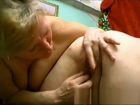 Chunky mature woman gets all wet while having her snatch rubbed lynn mccrossin fuck vids