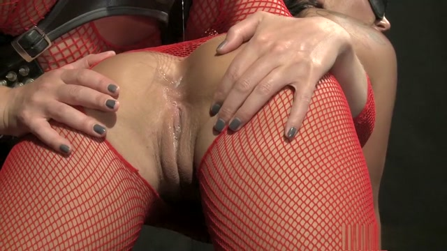 Blonde Mistress Kathia enjoys working her slaves holes with toys Slut Sex in Mineiros