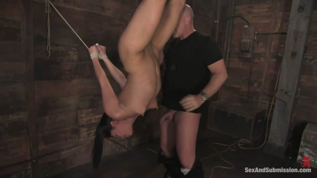 Mark Davis & Miss Jade Indica in Jade Indica - SexAndSubmission Scissoring blowjob