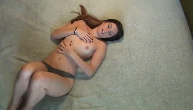Gorgeous solo college girl masturbating hard